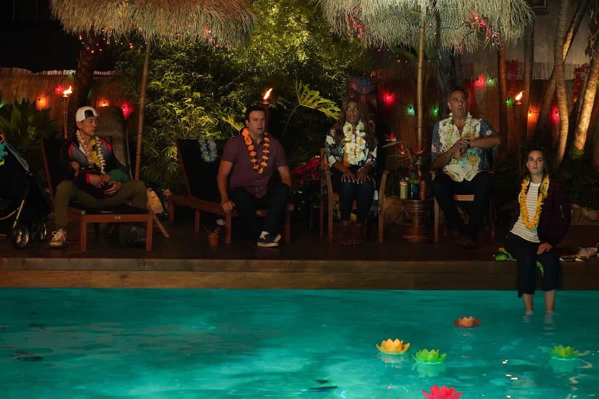 JAKE CHOI, LINCOLN AND THEADORE LILHANAND, TARAN KILLAM, KIMRIE LEWIS, BRAD GARRETT, LEIGHTON MEESTER Single Parents Season 2 Episode 1