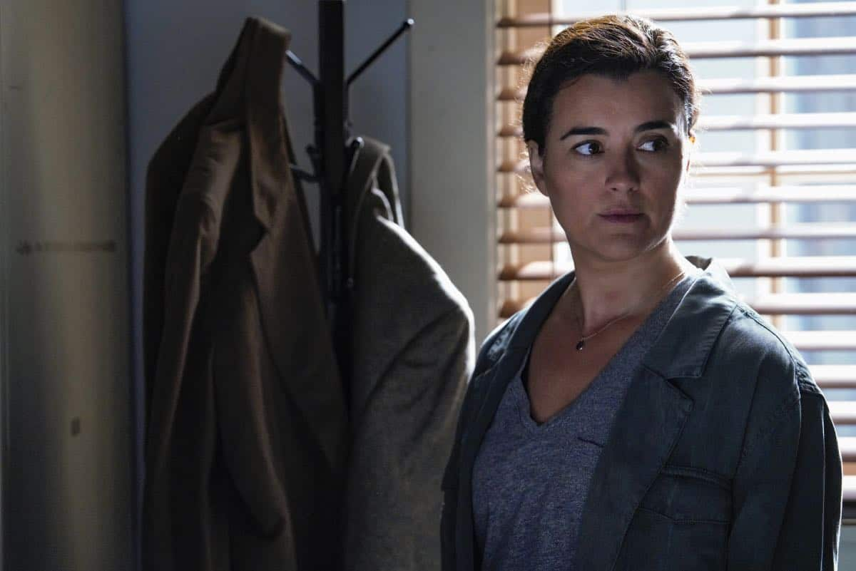 """Into the Light"" - With their lives in danger, Gibbs and Ziva's rogue investigation takes an unexpected turn when a possible terrorist plot is revealed, on NCIS, Tuesday, Oct. 1 (8:00-9:00 PM, ET/PT) on the CBS Television Network. Pictured: Cote de Pablo as Ziva David. Photo: Cliff Lipson/CBS ©2019 CBS Broadcasting, Inc. All Rights Reserved"