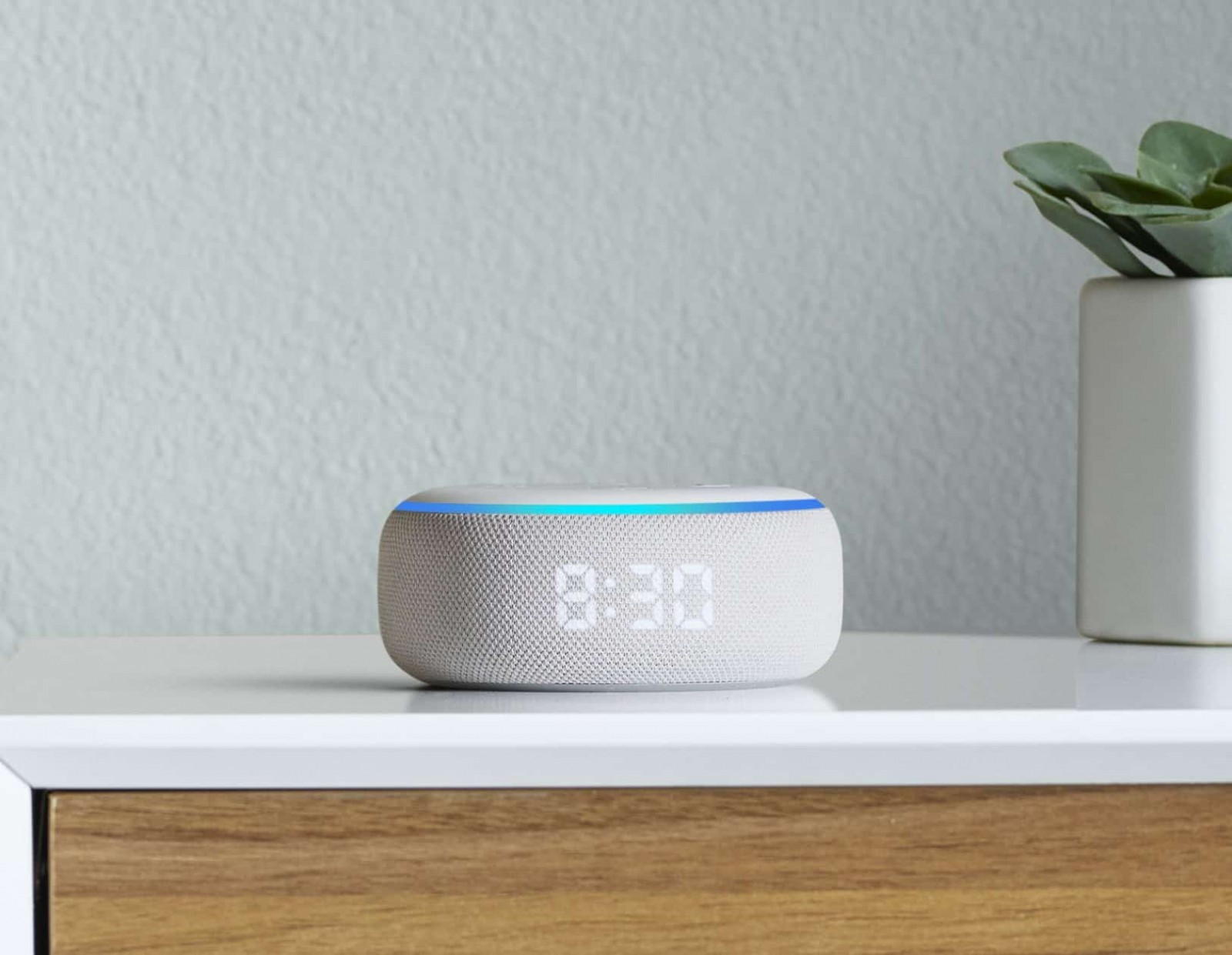 Amazon New Echo With Clock