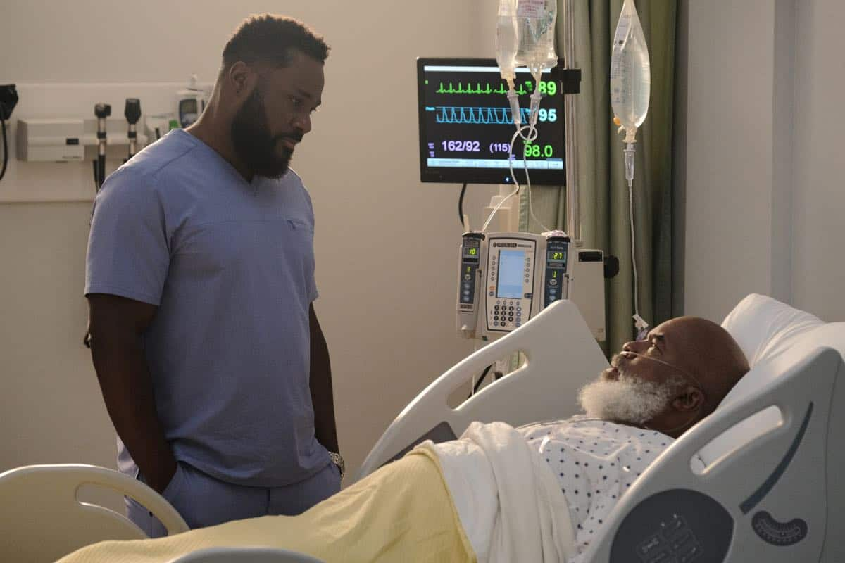 "THE RESIDENT:  L-R:  Malcolm-Jamal Warner and David Alan Grier in the ""Flesh of My Flesh"" episode of THE RESIDENT airing Tuesday, Oct. 1 (8:00-9:00 PM ET/PT) on FOX. ©2019 Fox Media LLC Cr: Guy D'Alema/FOX"