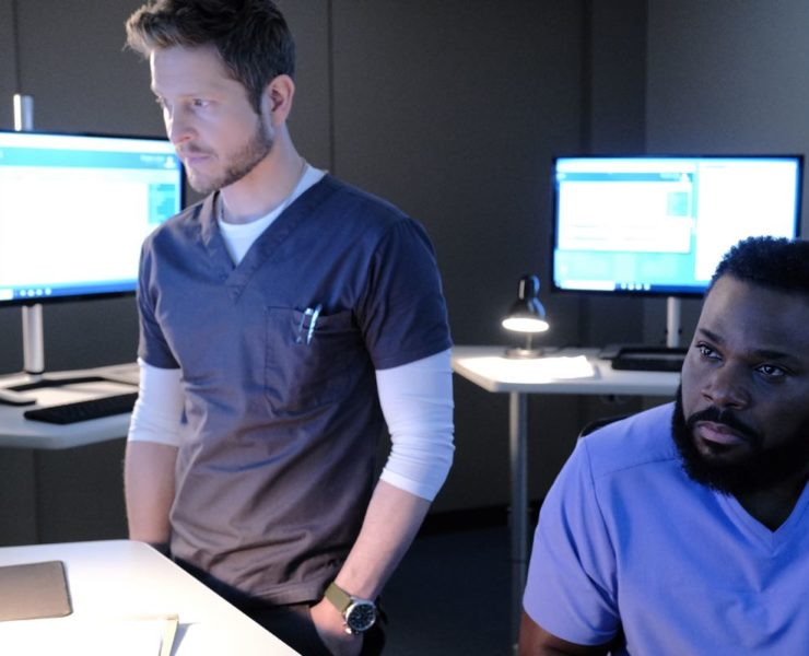 "THE RESIDENT: L-R: Matt Czuchry and Malcolm-Jamal Warner in the ""Flesh of My Flesh"" episode of THE RESIDENT airing Tuesday, Oct. 1 (8:00-9:00 PM ET/PT) on FOX. ©2019 Fox Media LLC Cr: Guy D'Alema/FOX"