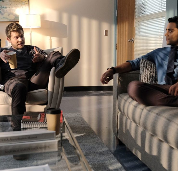 "THE RESIDENT: L-R: Matt Czuchry and Manish Dayal in the ""Flesh of My Flesh"" episode of THE RESIDENT airing Tuesday, Oct. 1 (8:00-9:00 PM ET/PT) on FOX. ©2019 Fox Media LLC Cr: Guy D'Alema/FOX"