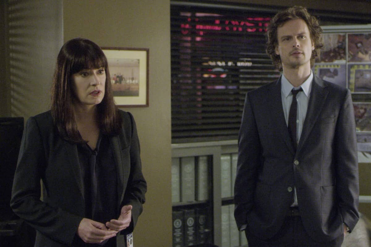 """""""Spectator Slowing"""" -- The BAU team investigates a series of seemingly random fatal explosions throughout Kentucky and Tennessee, on CRIMINAL MINDS, Wednesday, Jan. 15 (9:00-10:00 PM, ET/PT) on the CBS Television Network. Pictured (L-R): Paget Brewster as Emily Prentiss and Matthew Gray Gubler as Dr. Spencer Reid Photo: Screen Grab/CBS ©2019 CBS Broadcasting Inc. All Rights Reserved."""