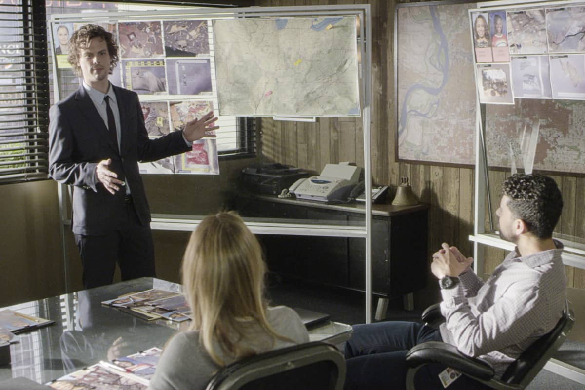 """""""Spectator Slowing"""" -- The BAU team investigates a series of seemingly random fatal explosions throughout Kentucky and Tennessee, on CRIMINAL MINDS, Wednesday, Jan. 15 (9:00-10:00 PM, ET/PT) on the CBS Television Network. Pictured: Matthew Gray Gubler as Dr. Spencer Reid Photo: Screen Grab/CBS ©2019 CBS Broadcasting Inc. All Rights Reserved."""