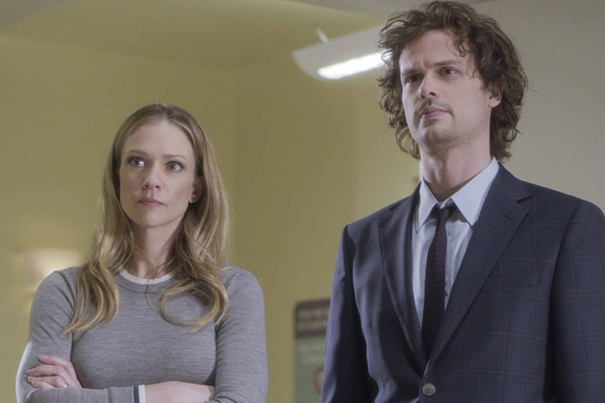 """""""Spectator Slowing"""" -- The BAU team investigates a series of seemingly random fatal explosions throughout Kentucky and Tennessee, on CRIMINAL MINDS, Wednesday, Jan. 15 (9:00-10:00 PM, ET/PT) on the CBS Television Network. Pictured (L-R): A.J. Cook as Jennifer """"JJ"""" Jareau and Matthew Gray Gubler as Dr. Spencer Reid Photo: Screen Grab/CBS ©2019 CBS Broadcasting Inc. All Rights Reserved."""