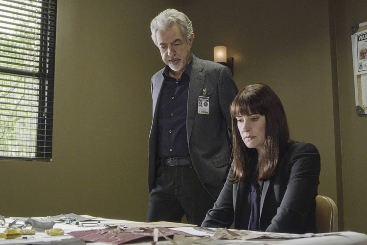 """""""Spectator Slowing"""" -- The BAU team investigates a series of seemingly random fatal explosions throughout Kentucky and Tennessee, on CRIMINAL MINDS, Wednesday, Jan. 15 (9:00-10:00 PM, ET/PT) on the CBS Television Network. Pictured (L-R): Joe Mantegna as David Rossi and Paget Brewster as Emily Prentiss Photo: Screen Grab/CBS ©2019 CBS Broadcasting Inc. All Rights Reserved."""