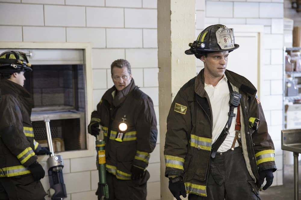CHICAGO FIRE Season 8 Episode 16 Photos The Tendency Of A Drowning Victim