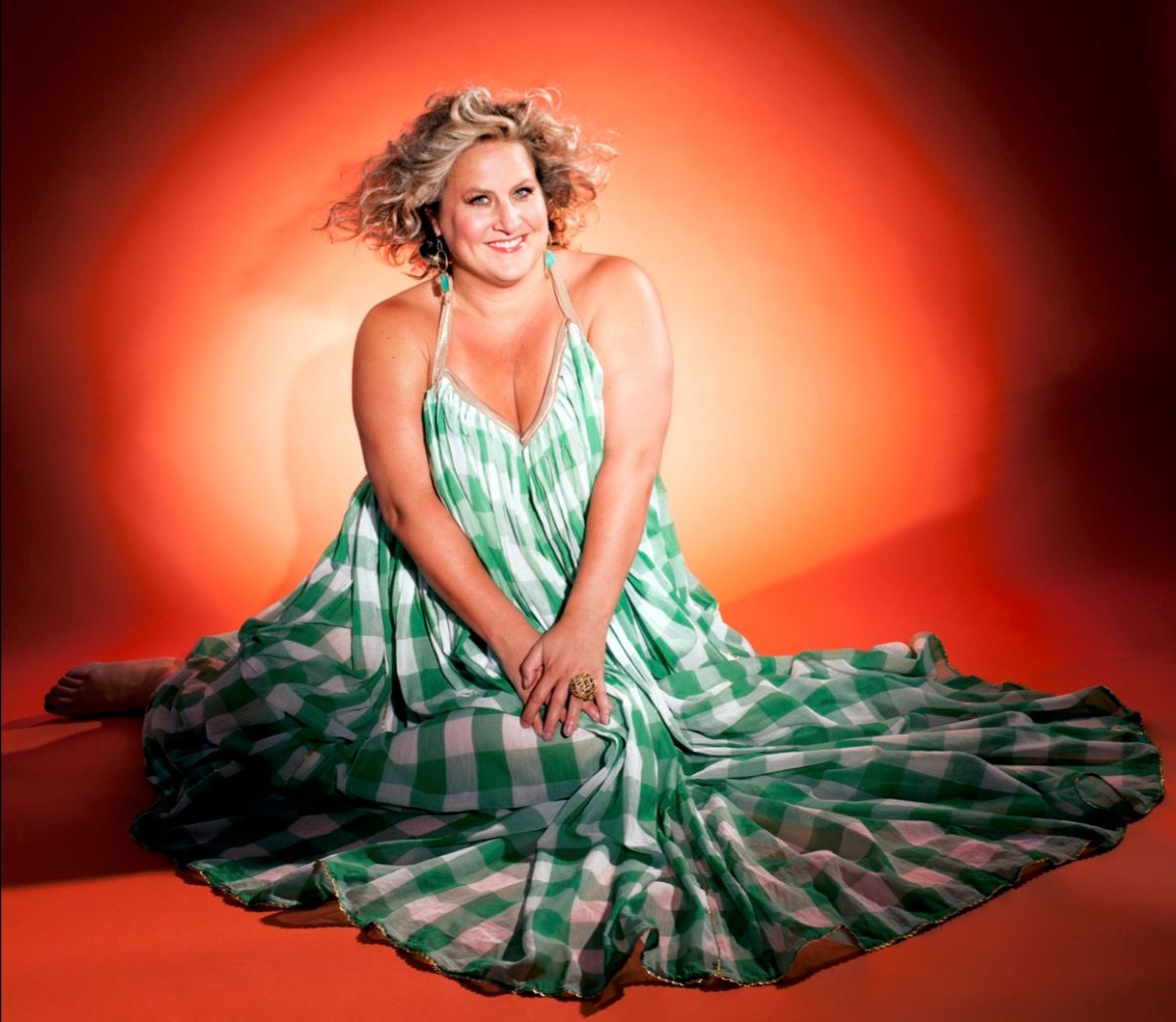 SOMEBODY SOMEWHERE Bridget Everett