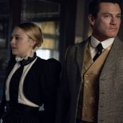 Dakota Fanning, Luke Evans Photograph by Kata Vermes / TNT