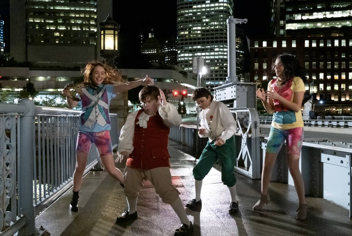 THE SLEEPOVER: (L to R) SADIE STANLEY as CLANCY, MAXWELL SIMKINS as KEVIN, LUCAS JAYE as LEWIS, CREE CICCHINO as MIM≥ Cr. CLAIRE FOLGER/NETFLIX © 2020