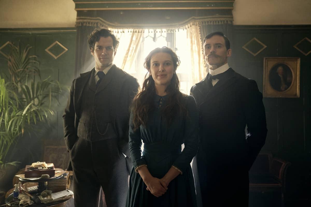 Sherlock Holmes (Henry Cavill) Enola Holmes (Millie Bobby Brown) Mycroft Holmes (Sam Claflin)