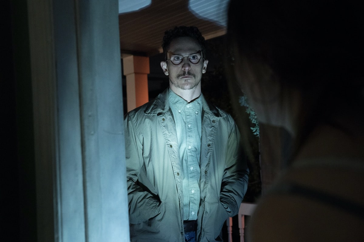 "Monsterland -- ""Port Fourchon, LA"" - Episode 101 -- A down-and-out waitress questions her choices. Alex (Jonathan Tucker), shown. (Photo by: Barbara Nitke/Hulu)"