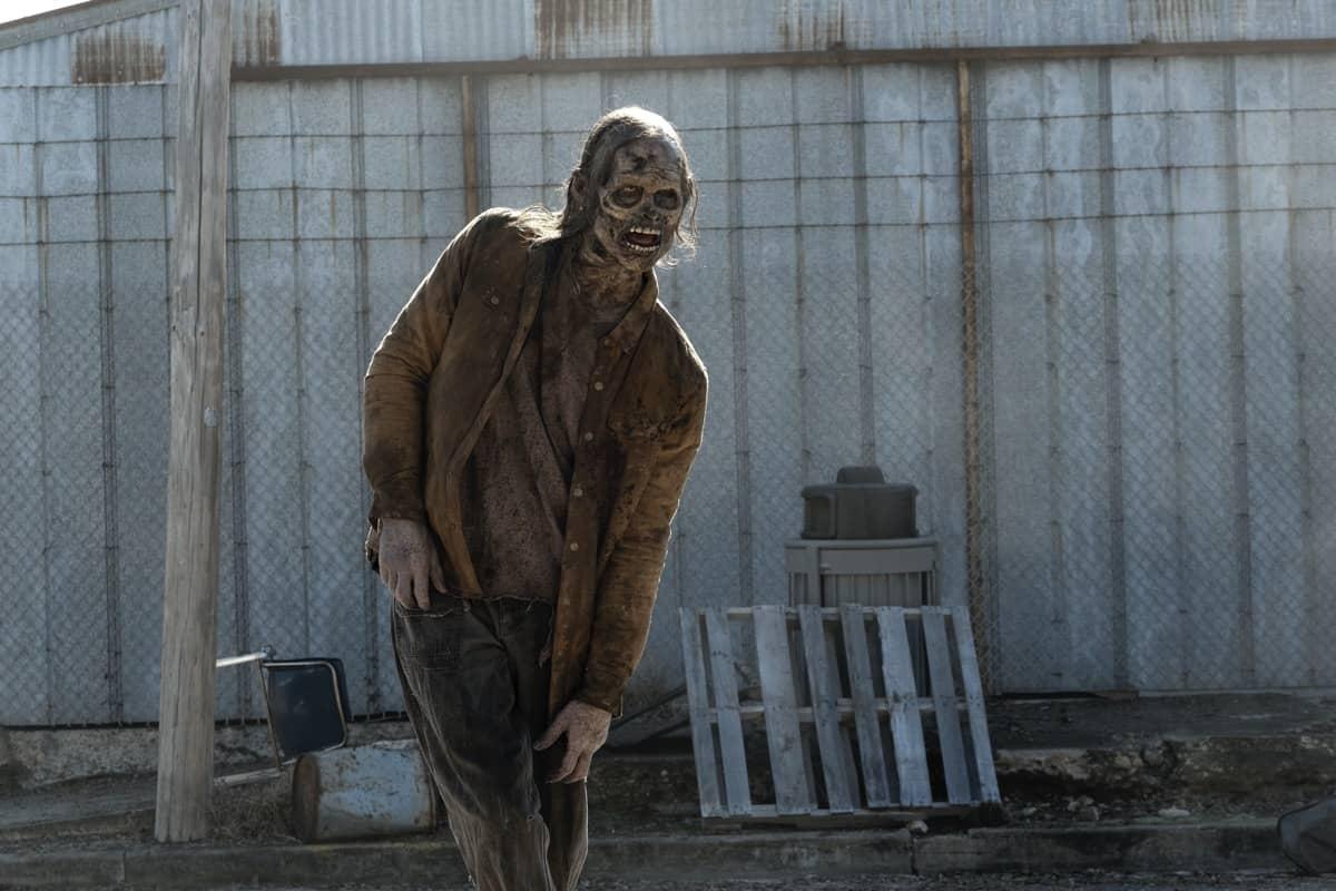 Fear the Walking Dead _ Season 6, Episode 1 - Photo Credit: Ryan Green/AMC