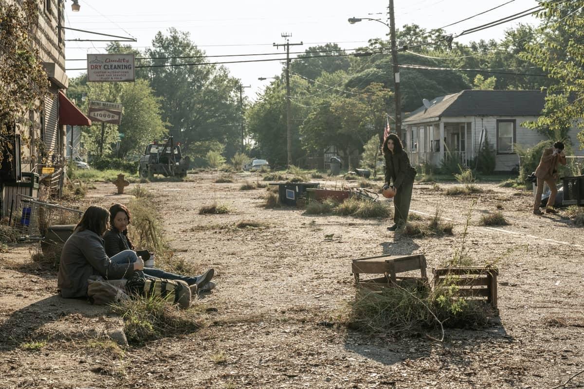 Alexa Mansour as Hope, Aliyah Royale as Iris, Hal Cumpston as Silas, Nicolas Cantu as Elton - The Walking Dead: World Beyond _ Season 1, Episode 2 - Photo Credit: Jojo Whilden/AMC