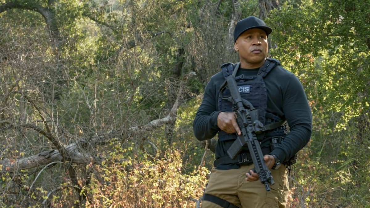 """The Bear"" - Pictured: LL COOL J (Special Agent Sam Hanna).  When a Russian bomber goes missing while flying over U.S. soil, Callen and Sam must track it down in the desert and secure its weapons and intel before the Russians on board destroy the plane. Also, Hetty gives Nell a cryptic assignment, on the 12th season premiere of NCIS: LOS ANGELES, Sunday, Nov. 8 (8:30-9:30 PM, ET/8:00-9:00 PM, PT) on the CBS Television Network. Photo: Screen Grab/CBS ©2020 CBS Broadcasting, Inc. All Rights Reserved."