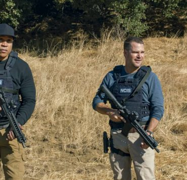 """""""The Bear"""" - Pictured: LL COOL J (Special Agent Sam Hanna) and Chris O'Donnell (Special Agent G. Callen). When a Russian bomber goes missing while flying over U.S. soil, Callen and Sam must track it down in the desert and secure its weapons and intel before the Russians on board destroy the plane. Also, Hetty gives Nell a cryptic assignment, on the 12th season premiere of NCIS: LOS ANGELES, Sunday, Nov. 8 (8:30-9:30 PM, ET/8:00-9:00 PM, PT) on the CBS Television Network. Photo: Screen Grab/CBS ©2020 CBS Broadcasting, Inc. All Rights Reserved."""