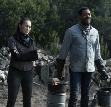 Colman Domingo as Victor Strand, Alycia Debnam-Carey as Alicia Clark - Fear the Walking Dead _ Season 6, Episode 2 - Photo Credit: Ryan Green/AMC