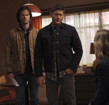 """Supernatural -- """"Drag Me Away (From You)"""" -- Image Number: SN1516A_0190r.jpg -- Pictured (L-R): Jared Padalecki as Sam, Jensen Ackles as Dean and Kelsey Crane as Caitlin -- Photo: Bettina Strauss/The CW -- © 2020 The CW Network, LLC. All Rights Reserved."""
