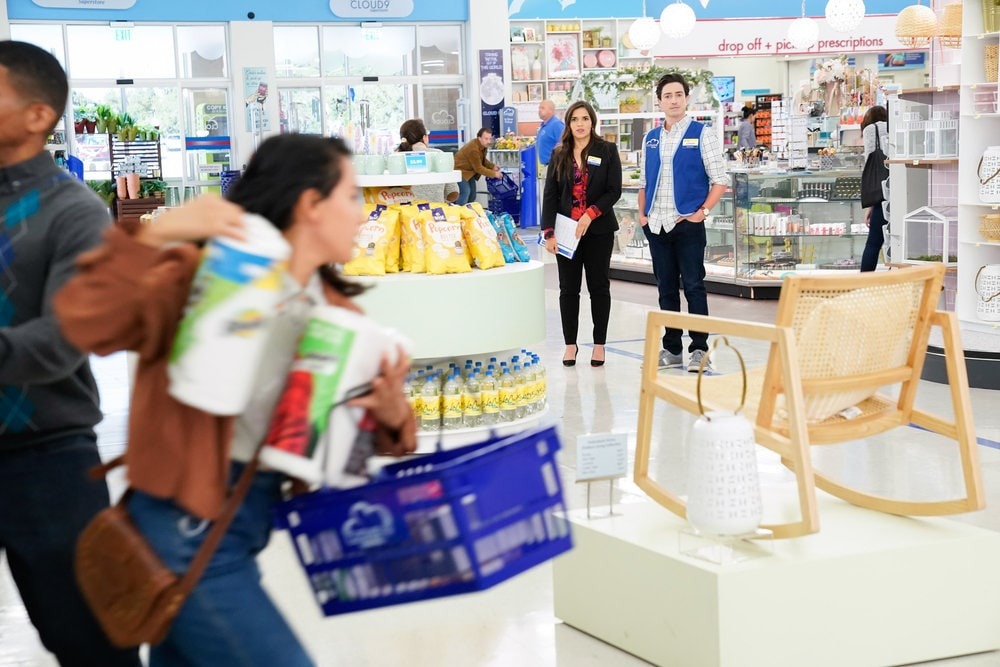 "SUPERSTORE -- ""Essential"" Episode 601 -- Pictured: (l-r) America Ferrera as Amy, Ben Feldman as Jonah -- (Photo by: Greg Gayne/NBC)"