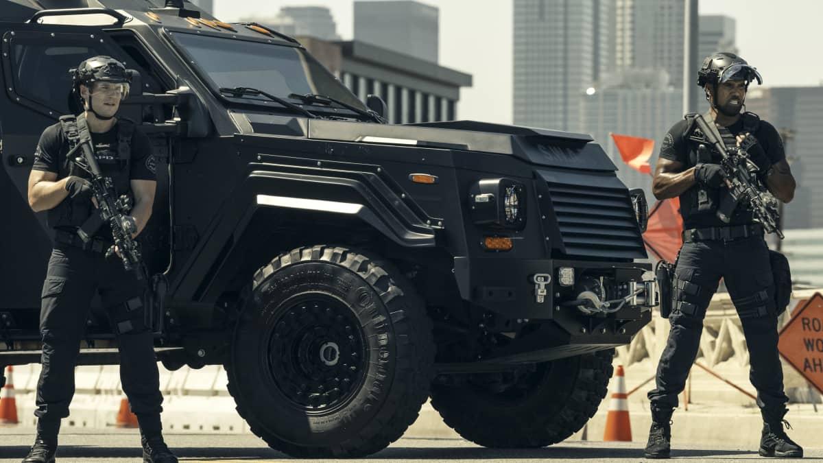 SWAT S4 3SeventeenYO 023b