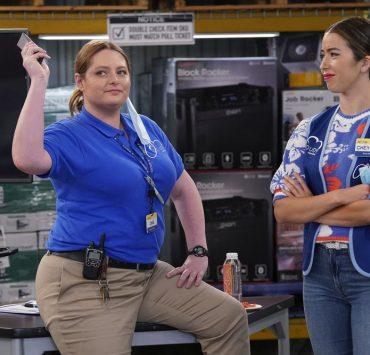 "SUPERSTORE -- ""Floor Supervisor"" Episode 603 -- Pictured: (l-r) Lauren Ash as Dina, Nichole Sakura as Cheyenne -- (Photo by: Greg Gayne/NBC)"