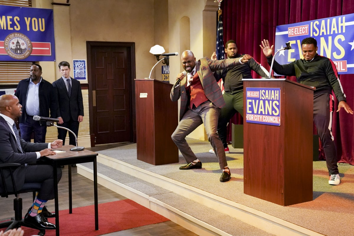 "The Neighborhood Season 3 Episode 2 ""Welcome to the Election"" - Pictured: Cedric the Entertainer (Calvin Butler), Max Greenfield (Dave Johnson) and Wayne Brady (Isaiah Evans). Dave faces off against incumbent Isaiah Evans (guest star Wayne Brady) in a debate for a city council seat, and the race comes to a dramatic conclusion, on THE NEIGHBORHOOD, Monday, Nov. 23 (8:00-8:30 PM, ET/PT) on the CBS Television Network. Photo: Monty Brinton/CBS ©2020 CBS Broadcasting, Inc. All Rights Reserved."
