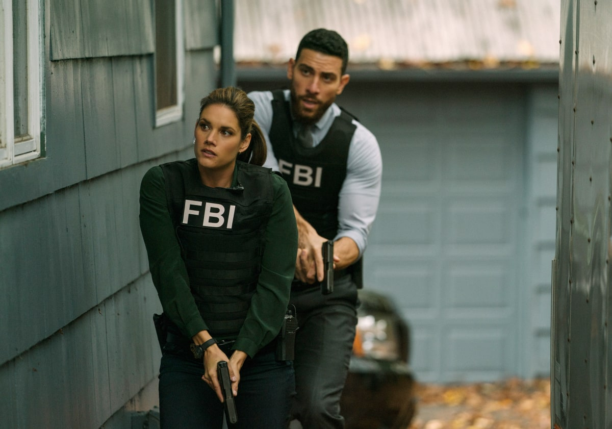 """Unreasonable Doubt"" - The team races to stop an active serial killer after three women are found weighted down at the bottom of a lake, and Jubal looks into an old closed case after there are multiple similarities to the recent victims, on FBI, Tuesday, Nov. 24 (9:00-10:00 PM, ET/PT) on the CBS Television Network. Network. Pictured (l-r) Missy Peregrym as Special Agent Maggie Bell and Zeeko Zaki as Special Agent Omar Adom 'OA' Zidan Photo: Michael Parmelee/ CBS 2020 CBS Broadcasting, Inc. All Rights Reserved."