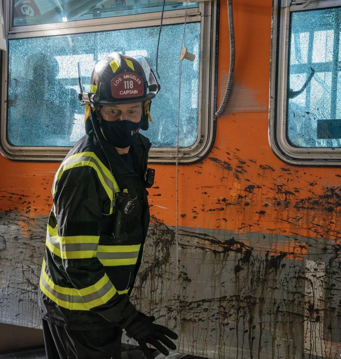 911 S4 EP401 Sc36 0022