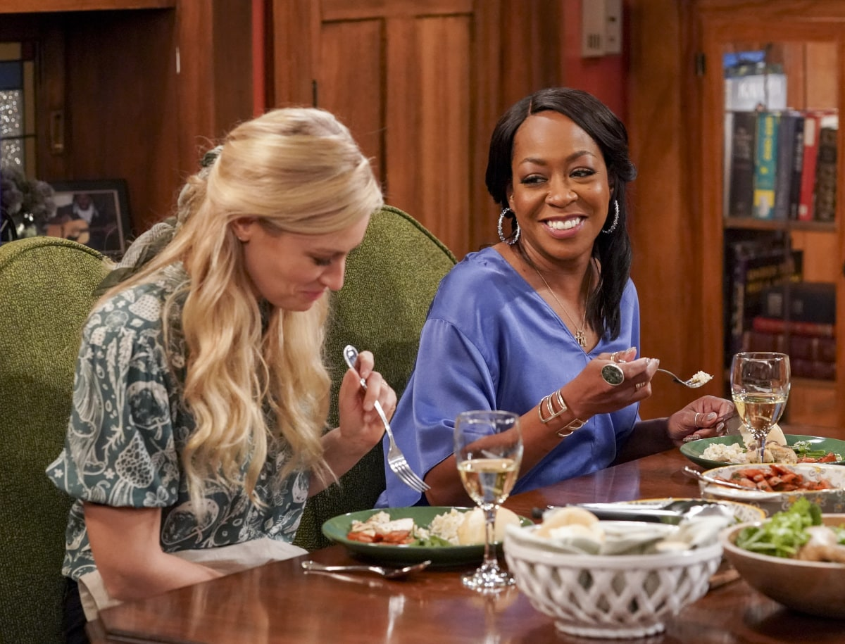 """THE NEIGHBORHOOD Season 3 Episode 8 """"Welcome to the Property"""" - Pictured: Beth Behrs (Gemma Johnson) and Tichina Arnold (Tina Butler). When Calvin discovers a member of the community plans to sell to greedy developers, he vows to find a buyer closer to home instead. However, the Butlers and Johnsons soon realize that the dilapidated property will require more work than they expected, on THE NEIGHBORHOOD, Monday, Jan. 25 (8:00-8:30 PM, ET/PT) on the CBS Television Network. Photo: Monty Brinton/CBS ©2020 CBS Broadcasting, Inc. All Rights Reserved."""