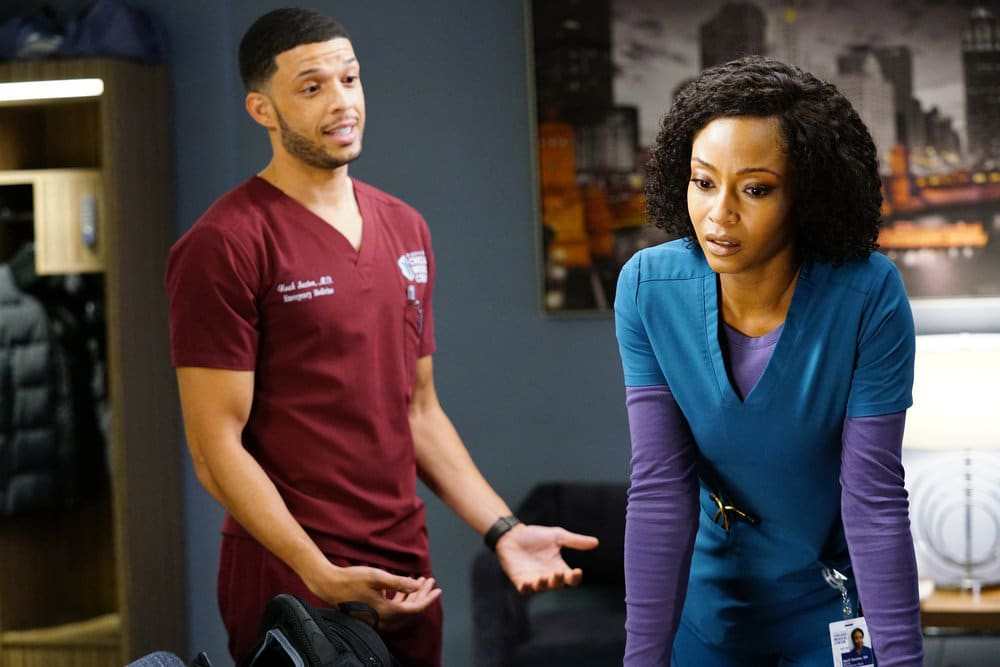 """CHICAGO MED Season 6 Episode 5  -- """"When Your Heart Rules Your Head"""" Episode 605 -- Pictured: (l-r) Roland Buck III as Noah Sexton, Yaya DaCosta as April Sexton -- (Photo by: Elizabeth Sisson/NBC)"""