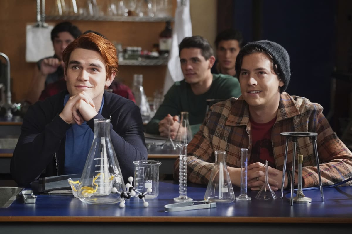 RIVERDALE Season 5 Episode 3 Chapter Seventy-Nine: Graduation
