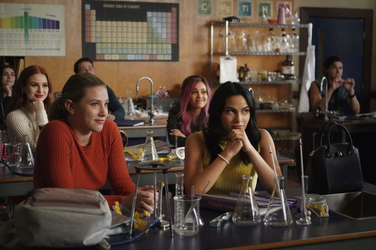 "RIVERDALE Season 5 Episode 3 -- ""Chapter Seventy-Nine: Graduation"" -- Image Number: RVD503a_0298r -- Pictured (L-R): Lili Reinhart as Betty Cooper, Camila Mendes as Veronica Lodge, Madelaine Patsch as Cheryl Blossom, Vanessa Morgan as Toni Topaz, and Jordan Connor as Sweet Pea -- Photo: The CW -- © 2021 The CW Network, LLC. All Rights Reserved."