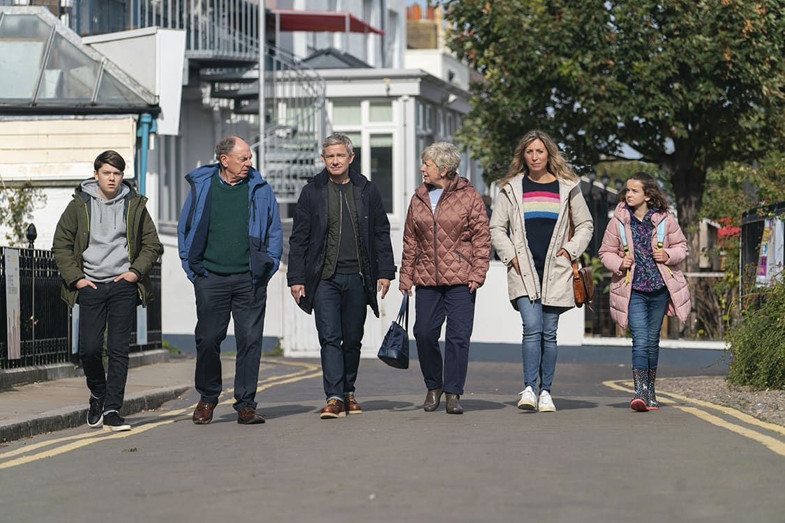 BREEDERS — Pictured: (l-r) George Wakeman as Luke, Alun Armstrong as Jim, Martin Freeman as Paul, Joanna Bacon as Jackie, Daisy Haggard as Ally, Jayda Eyles as Ava. CR: Miya Mizuno/FX