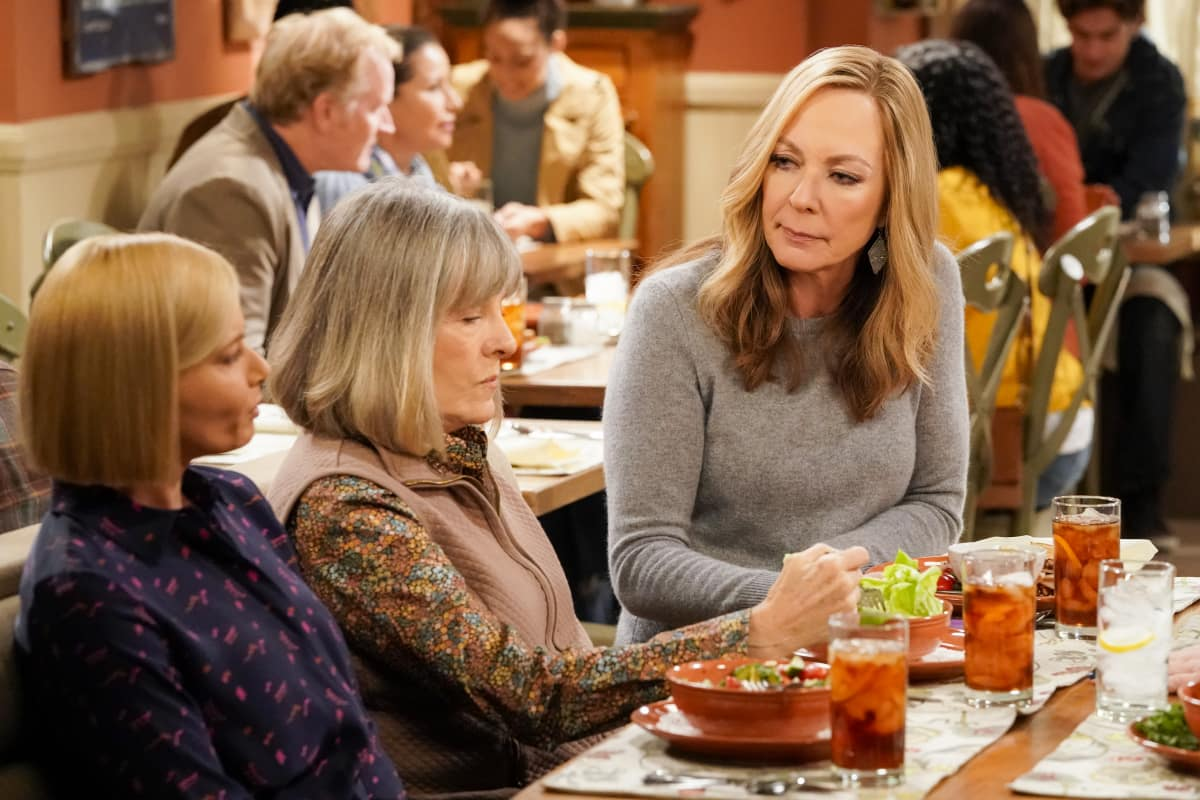 """Mom Season 8 Episode 7 """"S'mores and a Sadness Cocoon"""""""