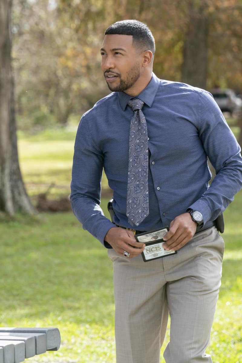 harles Michael Davis as Special Agent Quentin Carter NCIS New Orleans Season 7 Episode 8 Leda and the Swan, Part II