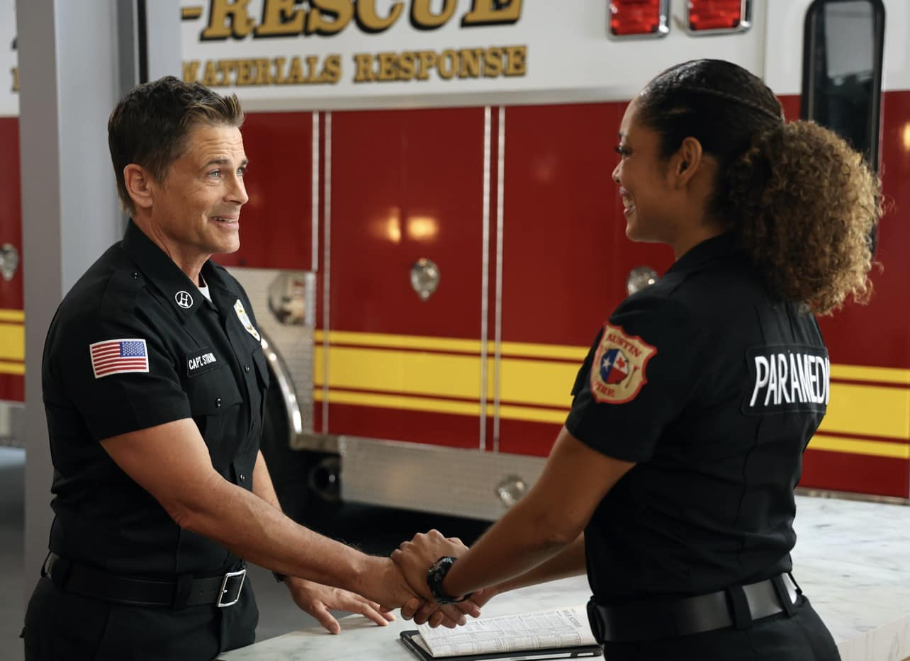 9-1-1 LONE STAR Season 2 Episode 5 Photos Difficult Conversations