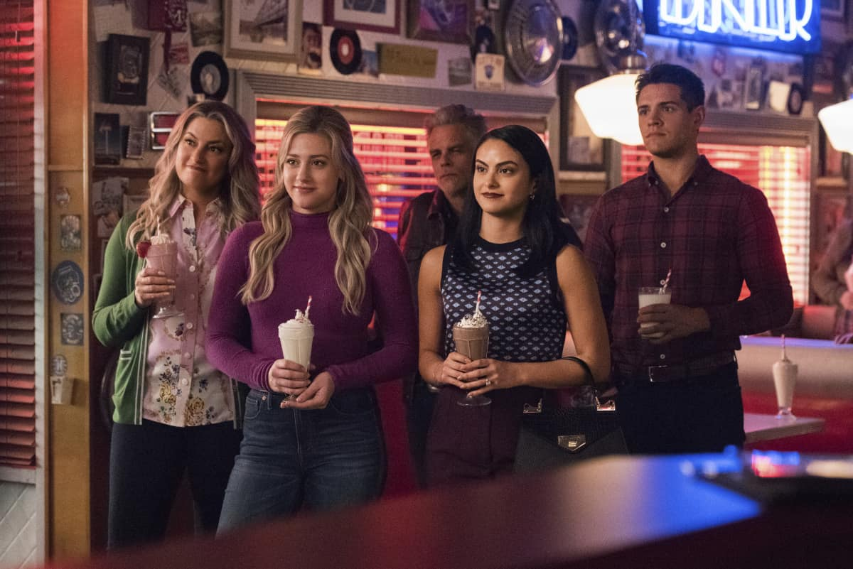 RIVERDALE Season 5 Episode 5 Photos Chapter Eighty-One The Homecoming |  SEAT42F