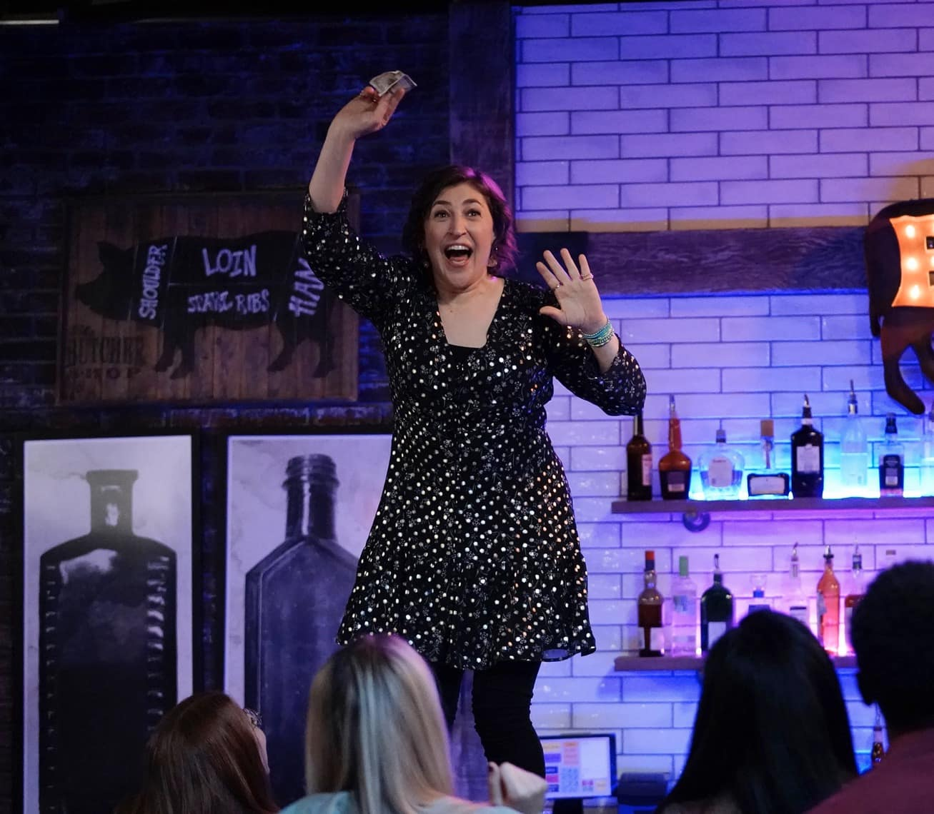 "CALL ME KAT Season 1 Episode 8 :  Mayim Bialik in the ""All Nighter"" episode of CALL ME KAT airing Thursday, Feb. 18 (9:00-9:30 PM ET/PT) on FOX. ©2021 FOX MEDIA LLC. Cr. Cr: Lisa Rose/FOX."