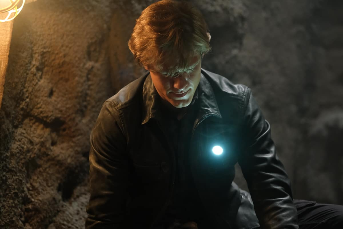 """MacGyver Season 5 Episode 9 """"Rails + Pitons + Pulley + Pipe + Salt"""" Pictured: Lucas Till as Angus """"Mac"""" MacGyve"""
