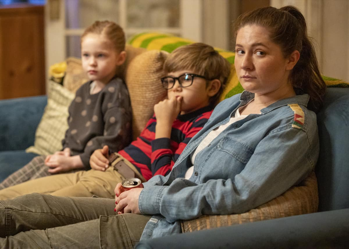 """Shameless Season 11 Episode 7 (L-R): Emma Kenney as Debbie Gallagher, Paris Newton as Franny and Mason Blomberg as Prince in SHAMELESS, """"Two at a Biker Bar, One in the Lake"""". Photo Credit: Paul Sarkis/SHOWTIME."""
