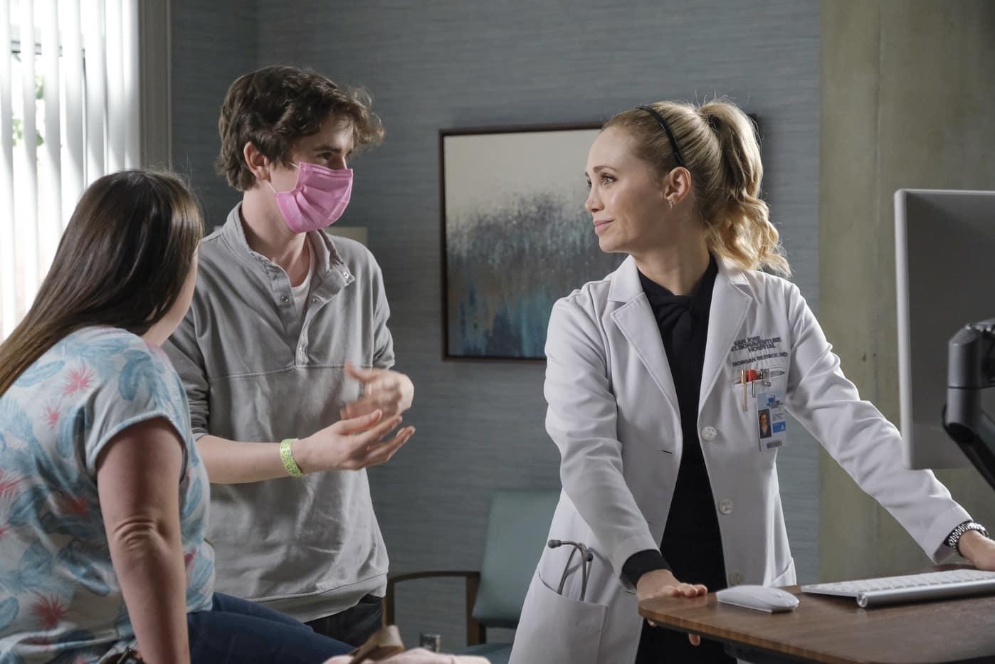 """THE GOOD DOCTOR Season 4 Episode 10 - """"Decrypt""""  FREDDIE HIGHMORE (DIRECTOR), FIONA GUBELMANN"""