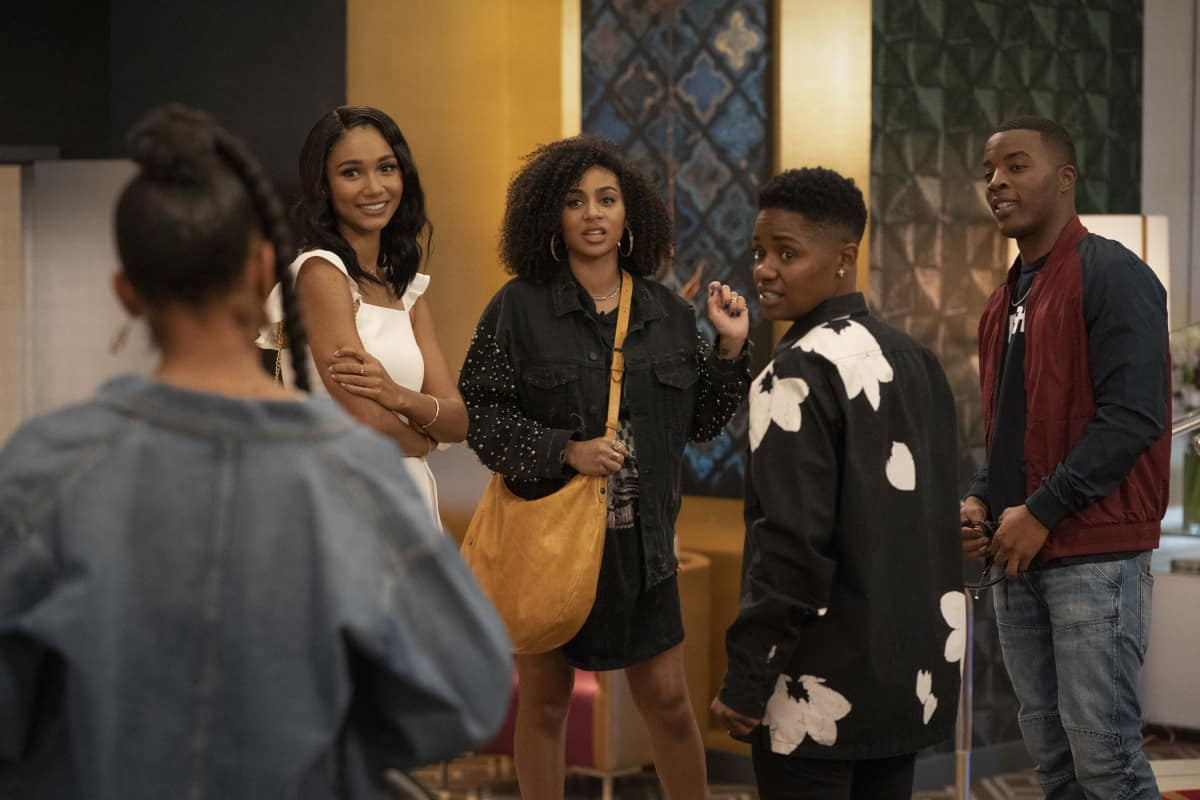 "All American Season 3 Episode 7 -- ""Roll the Dice"" -- Image Number: ALA307a_0524.jpg -- Pictured (L-R): Geffri Maya as Simone, Greta Onieogou as Layla, Chelsea Tavares as Patience, Bre - Z as Coop and Daniel Ezra as Spencer -- Photo: Michael Yarish/The CW -- © 2021 The CW Network, LLC. All Rights Reserved"