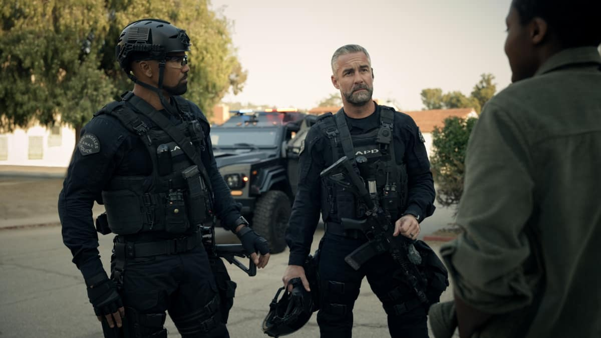 SWAT Season 4 Episode 10 Photos Buried