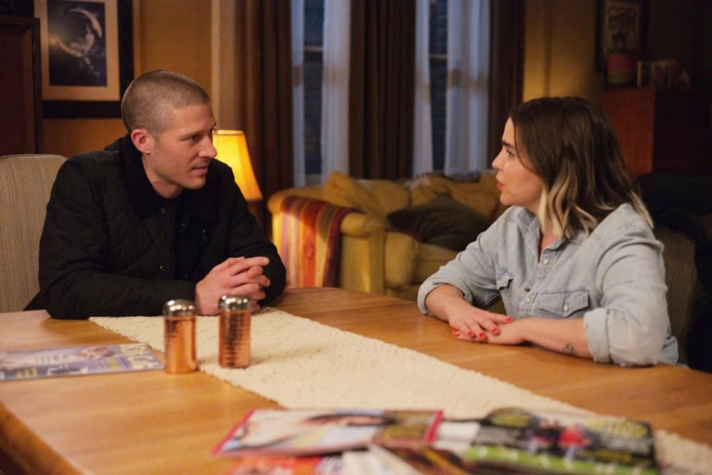 "GOOD GIRLS Season 4 Episode 1 -- ""One Night in Bangkok"" Episode 401 -- Pictured: (l-r) Zach Gilford as Grea, Mae Whitman as Annie Marks -- (Photo by: Jordin Althaus/NBC)"