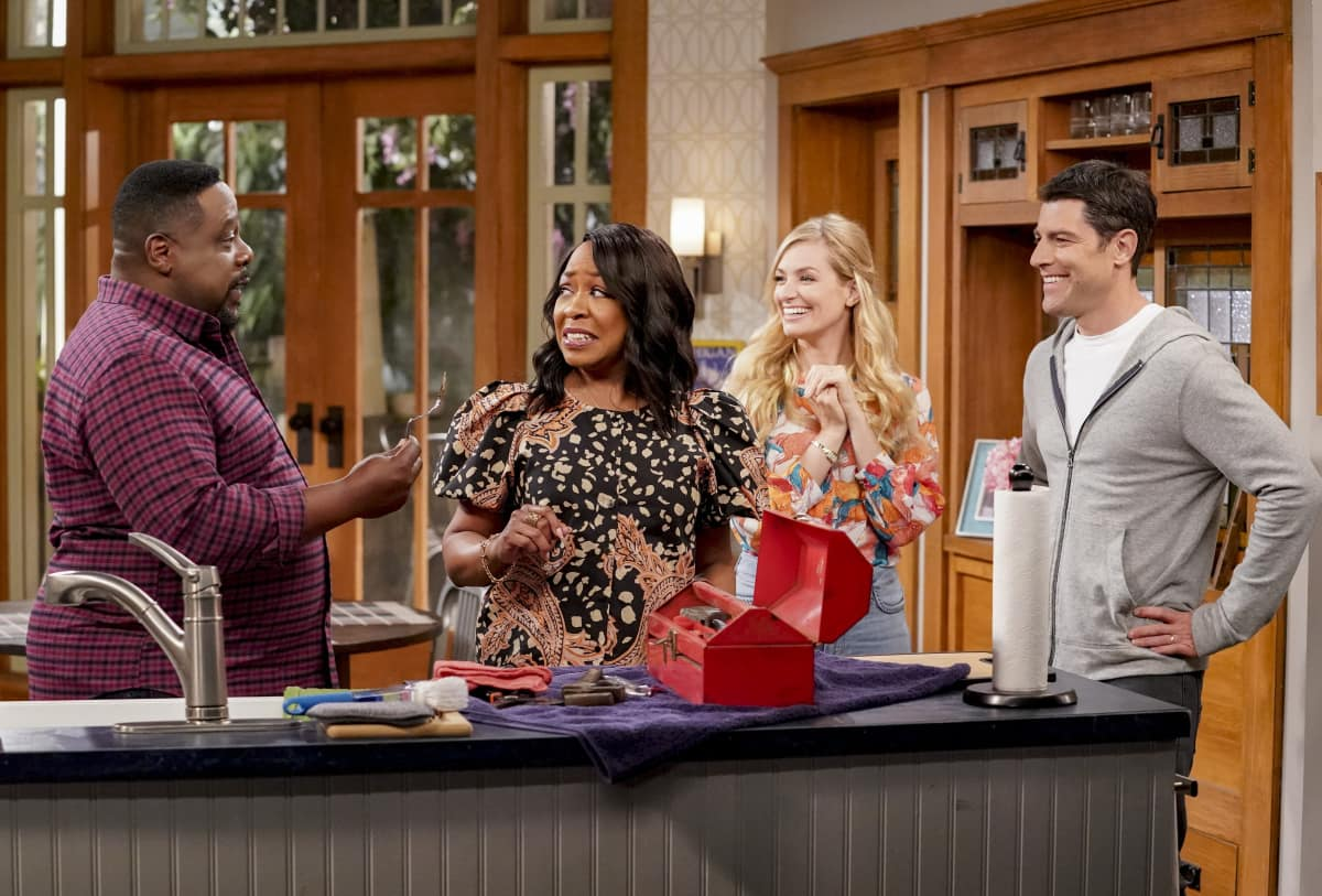 """The Neighborhood Season 3 Episode 11 """"Welcome to the Dad Band"""" - Pictured: Cedric the Entertainer (Calvin Butler), Tichina Arnold (Tina Butler), Beth Behrs (Gemma Johnson) and Max Greenfield (Dave Johnson)."""