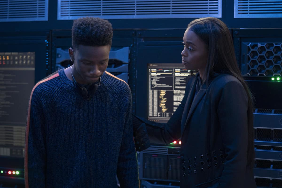 "Black Lightning Season 4 Episode 5 -- ""The Book of Ruin: Chapter One"" -- Image Number: BLK405a_0358r.jpg -- Pictured (L-R):   Christopher Ammanuel Darby as TC and Nafessa Williams as Anissa -- Photo: Bob Mahoney/The CW -- © 2021 The CW Network, LLC. All rights reserved."