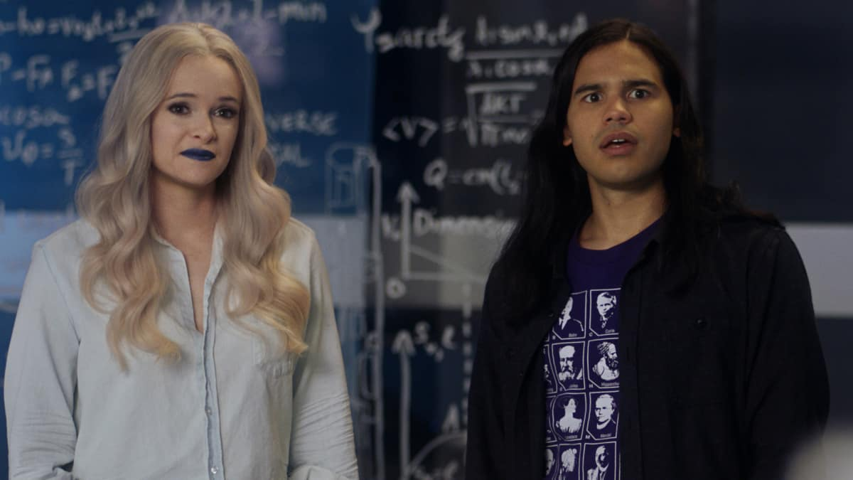 "The Flash Season 7 Episode 2 -- ""The Speed of Thought"" -- Image Number: FLA702fg_0009r.jpg -- Pictured (L-R): Danielle Panabaker as Caitlin Frost and Carlos Valdes as Cisco Ramon"