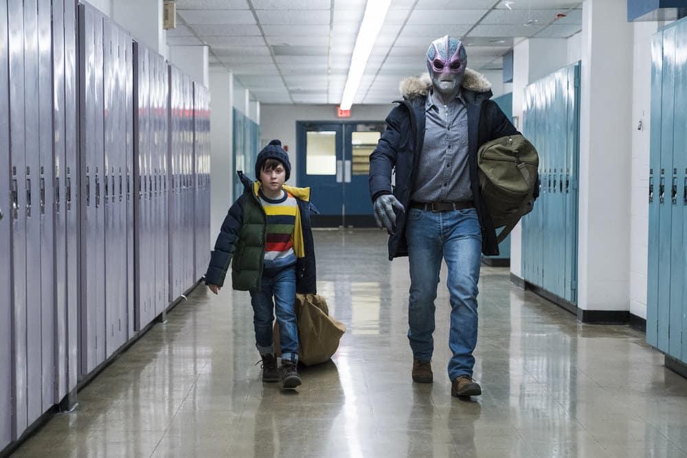 "RESIDENT ALIEN Season 1 Episode 7 -- ""The Green Glow"" Episode 107 -- Pictured: (l-r) Judah Prehn as Max Hawthorne, Alien Harry -- (Photo by: James Dittinger/SYFY)"