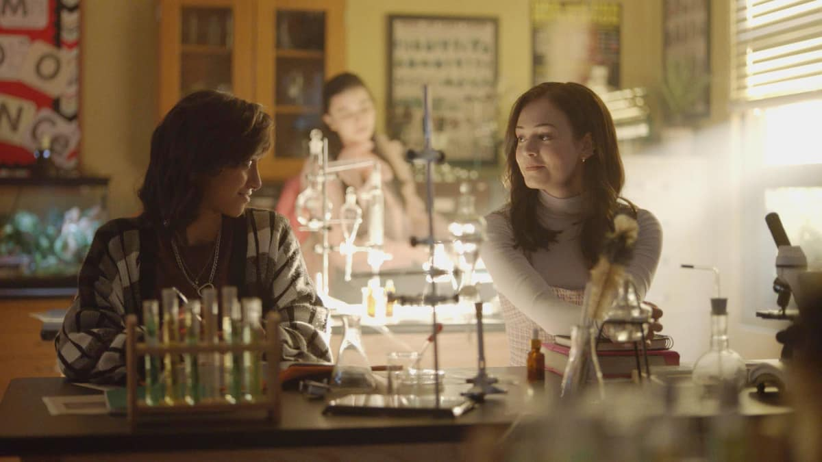 """Legacies Season 3 Episode 6 -- """"To Whom It May Concern"""" -- Image Number: LGC306fg_0003r.jpg -- Pictured (L-R): Courtney Bandeko as Finch and Kaylee Bryant as Josie -- Photo: The CW -- © 2021 The CW Network, LLC. All rights reserved."""