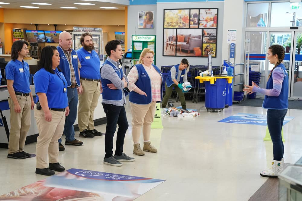SUPERSTORE Season 6 Episode 12 Photos Customer Satisfaction